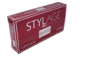 Köp Stylage Special Lips  med Lidocaine 1 ml